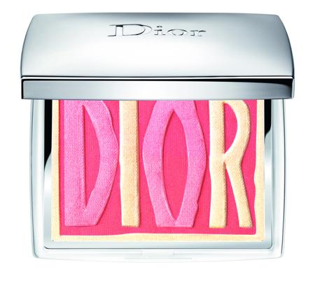 Diorロゴが輝くヘルシー×フレッシュな夏の新作フェイスパレット! 「サマー シャイン&グロウ コレクション」が登場