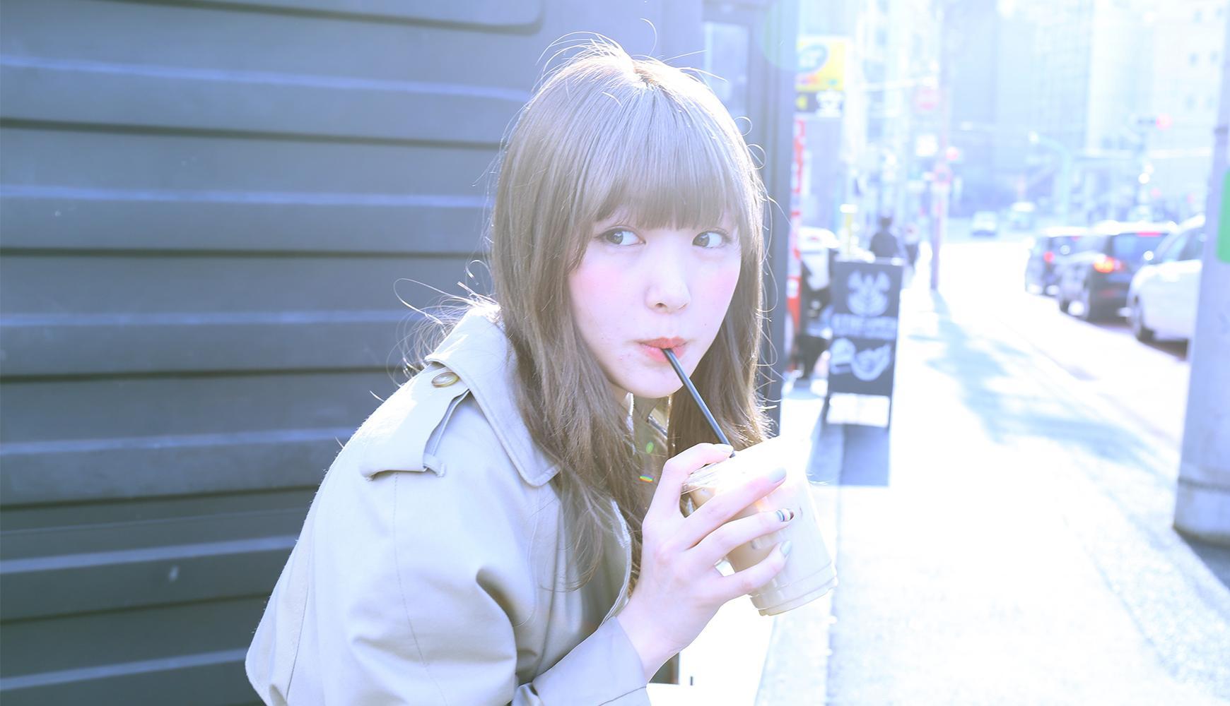 モデル・柴田ひかりによる撮り下ろし写真を使用したiPhoneケースがギズモビーズより発売!