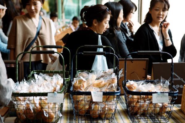 パン屋さん、農家さん、お客さんが一体に! 大地の恵みを感じられる青山パン祭りが開催