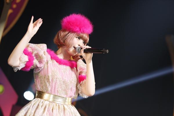 「きゃりーぱみゅぱみゅ」国内ホールツアーがスタート! ニューシングルと映像作品の同日発売も発表