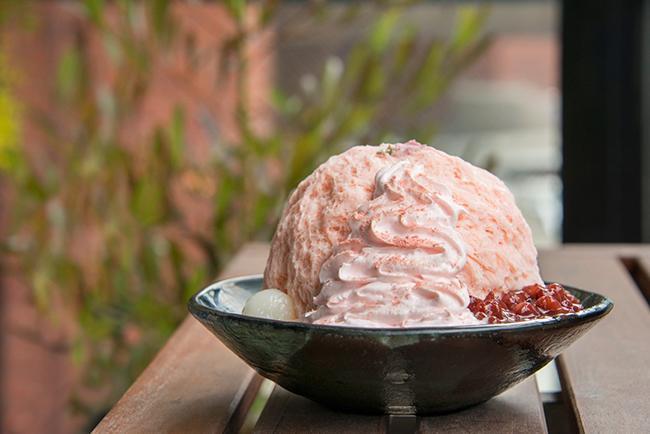 世界一のかき氷 アイスモンスターから大人気のフレーバー「桜ミルクかき氷」が期間限定で再登場!