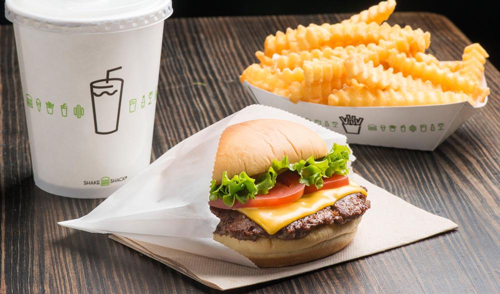 NY発の大人気ハンバーガーレストラン「シェイク シャック」日本3号店が有楽町にオープン
